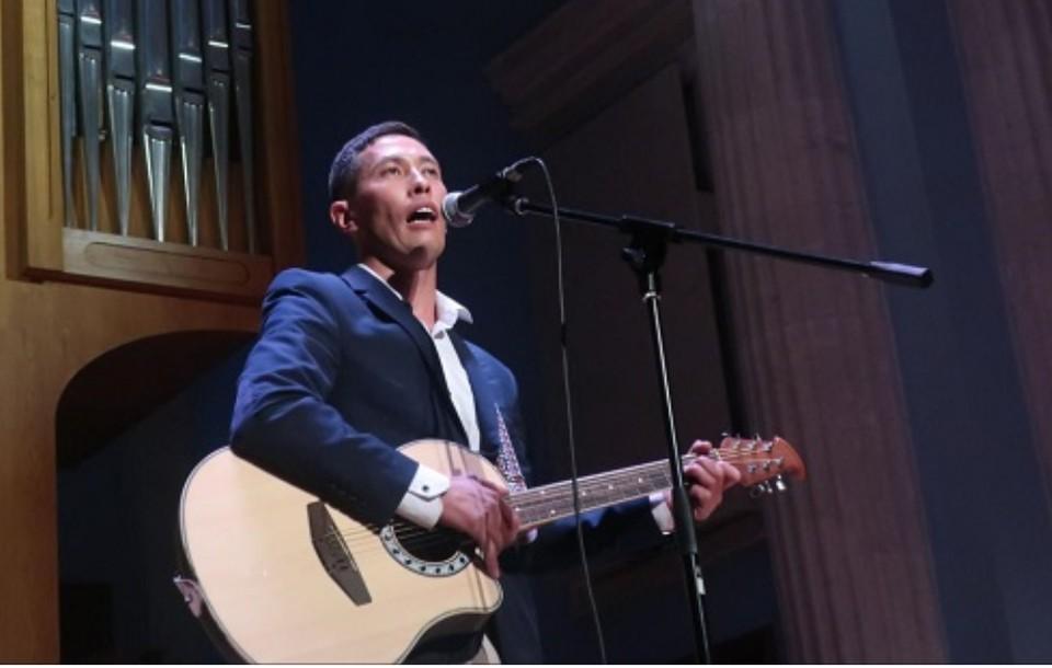 Альберт Галимов осуществил свою давнюю мечту - спеть в концерте. Фото: Министерство культуры Челябинской области