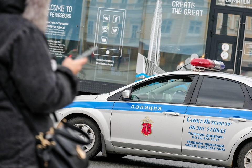 Массовая драка с арматурами и дубинками произошла на севере Петербурга