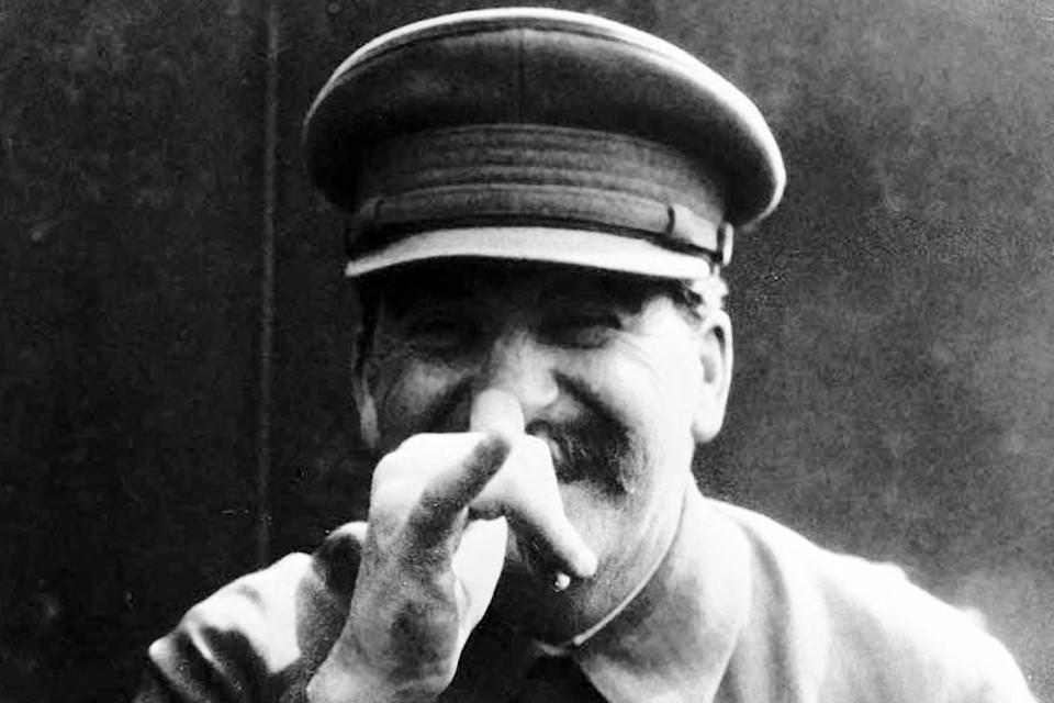 Вы узнаете, как немецкие руководители разделили Европу еще в 1938 году и почему Сталин не смог объективно оценить степень военной угрозы со стороны фашистской Германии