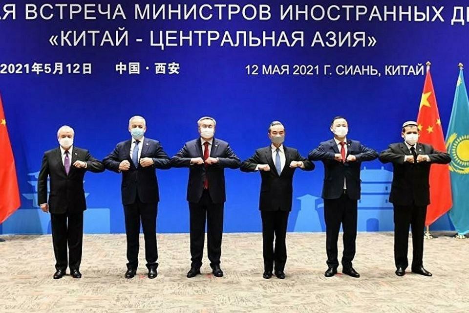 Как известно, на первой встрече, состоявшейся 16 июля 2020 года, главы внешнеполитических ведомств сформулировали общую цель.