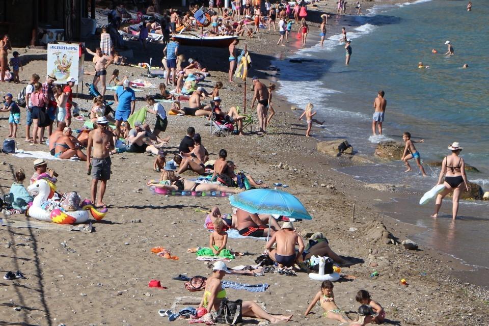 Этим летом власти Крыма ожидают миллионный поток туристов, только вот хороший сервис никто не отменял