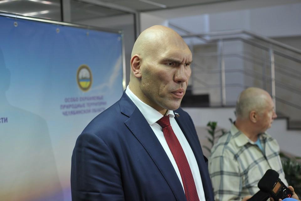 Николай Валуев поделился с челябинскими журналистами мнением о строительстве корпуса хирургии в городском бору.