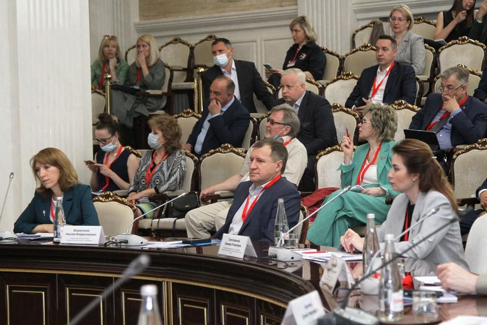 Максим Федорченко предположил, что программа комплексного развития территорий в регионе может работать эффективно.
