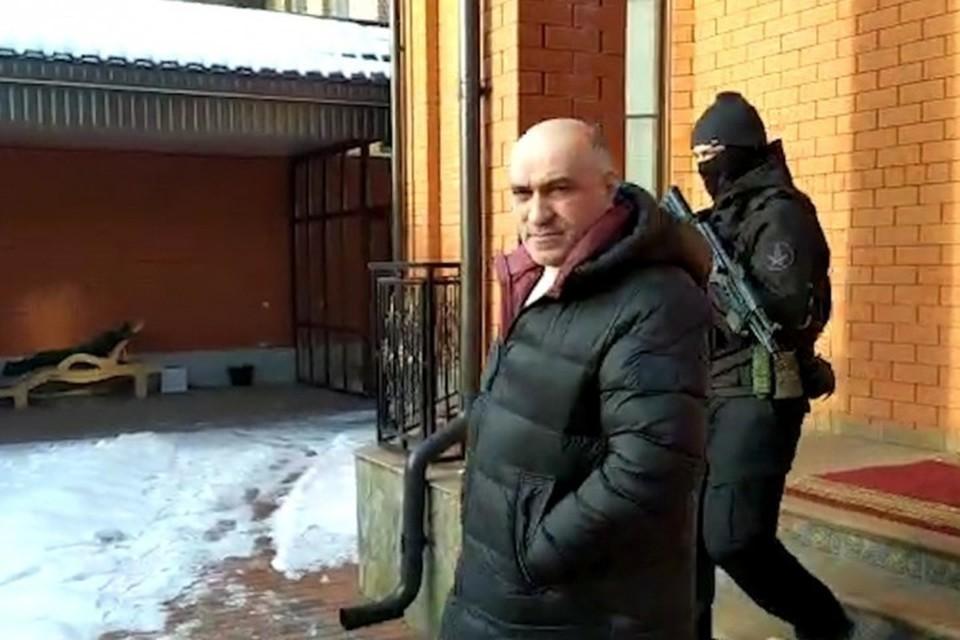 Ахмед Погоров во время задержания. Фото: СКР