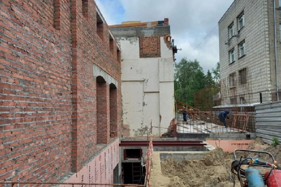 В Новосибирске реконструкция здания для театра Афанасьева идет по графику. Фото: предоставлено правительством НСО.
