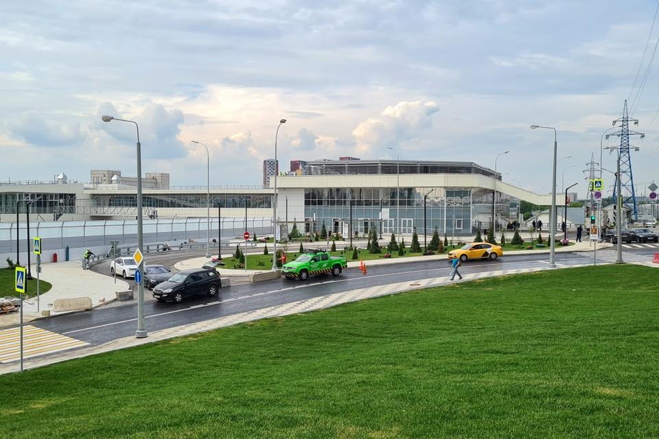 Для Восточного вокзала построили новое двухэтажное здание. Фото: АГН «Москва»