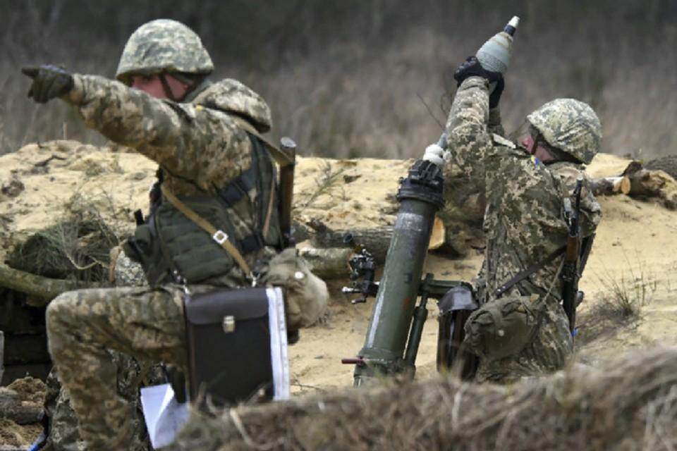 На обстрелы населенных пунктов ЛНР украинские военные израсходовали 947 мин и больше 2 тысяч снарядов для гранатометов. Фото: штаб «ООС»