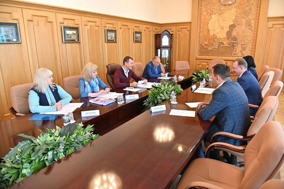 Михаил Дегтярев встретился с представителями «Сбербанка»