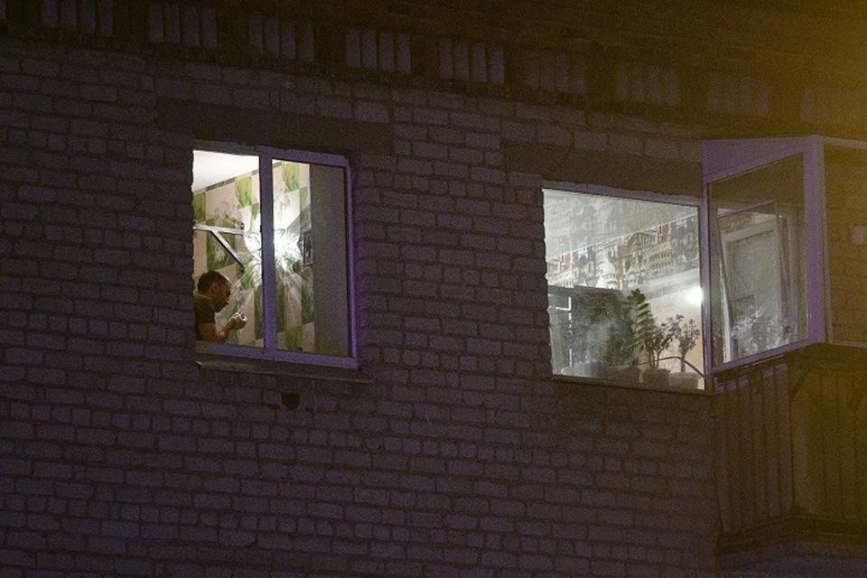 В квартире Сергея разбиты все окна
