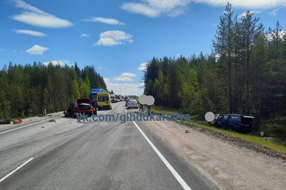 Смертельная авария произошла 30 мая в Карелии. Фото: vk.com/gibddkareliya