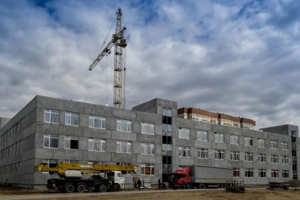 Новый корпус на 1100 мест строится на улице Юнг Прикамья.
