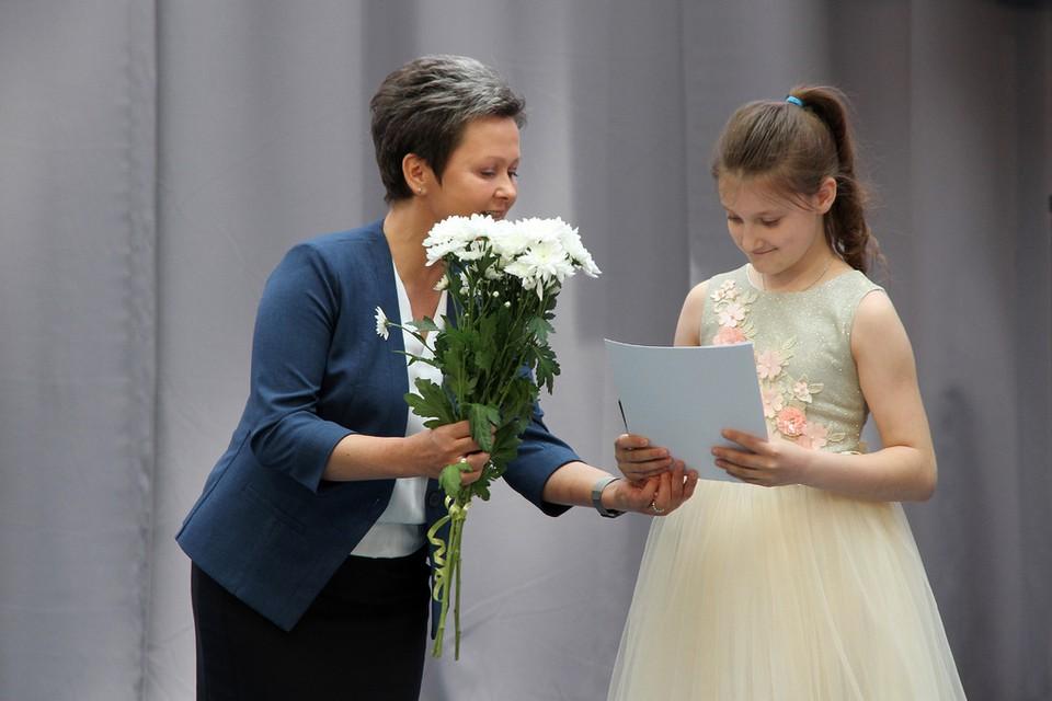 Талантливых детей наградили в Смоленске. Фото: Смоленский городской Совет.