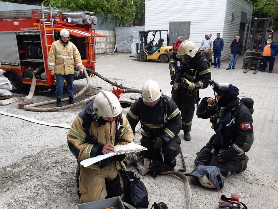 Во время условного пожара в здании обрушилась крыша