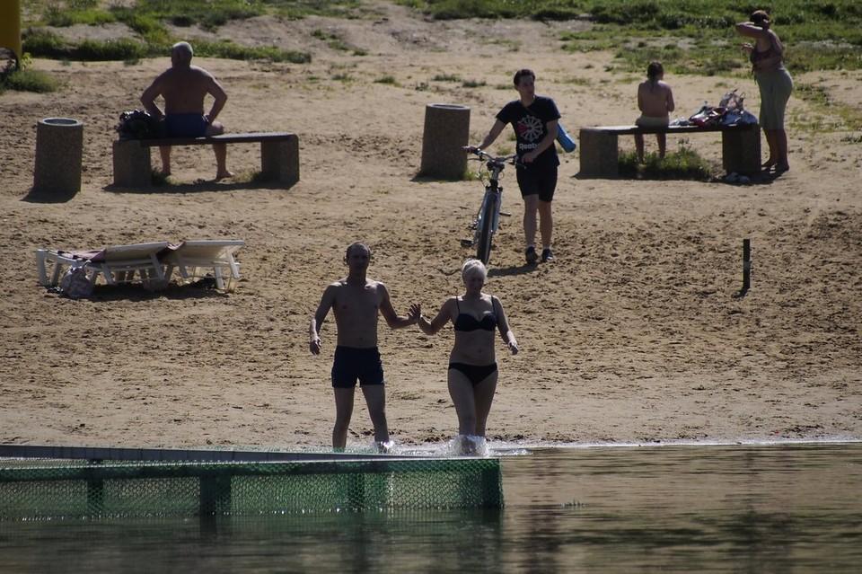 На пруду Центрального парка в Туле к купальному сезону проверили дно