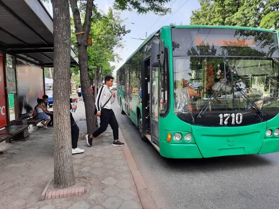 На линии вышли дополнительные автобусы.