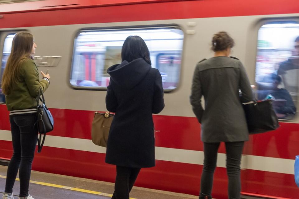 В Петербурге обновят более 1 тысячи вагонов в метрополитене.