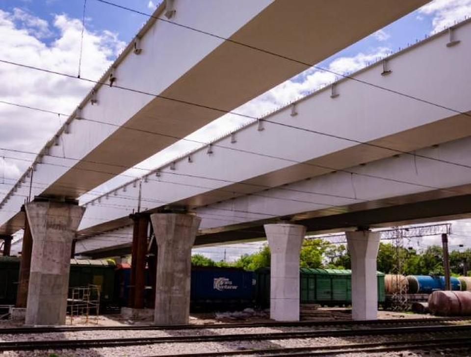 Мост для автомобилистов откроют летом. Фото: пресс-служба городской администрации