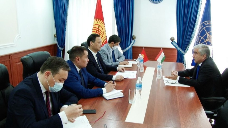 В МИД вызвали посла Таджикистана.