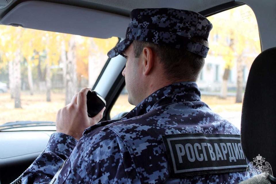 В Белгороде росгвардейцы задержали подозреваемого в сбыте наркотиков