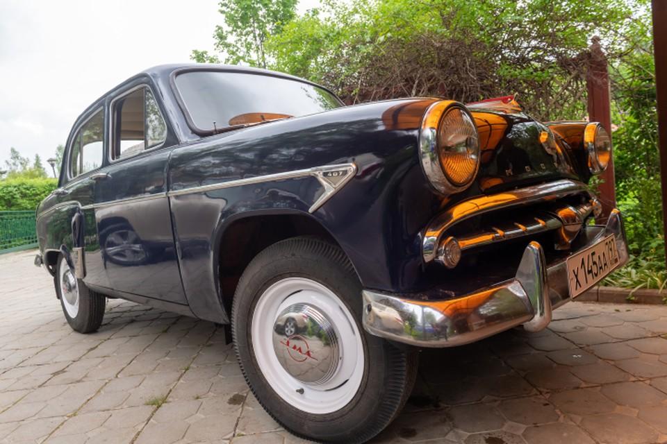 Владельцы старинных машин будут также соревноваться, чтобы выяснить, кто лучше водит.