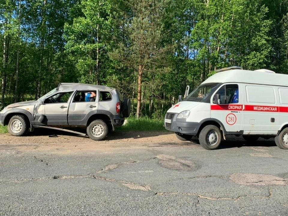Фото с места ДТП в Тверской области, где пострадали три человека. Фото: УГИБДД по Тверской области