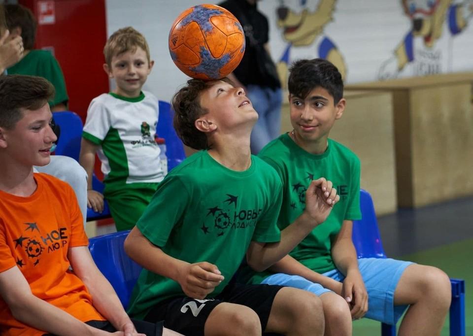 В спортивном мероприятии приняли участие около 80 детей.