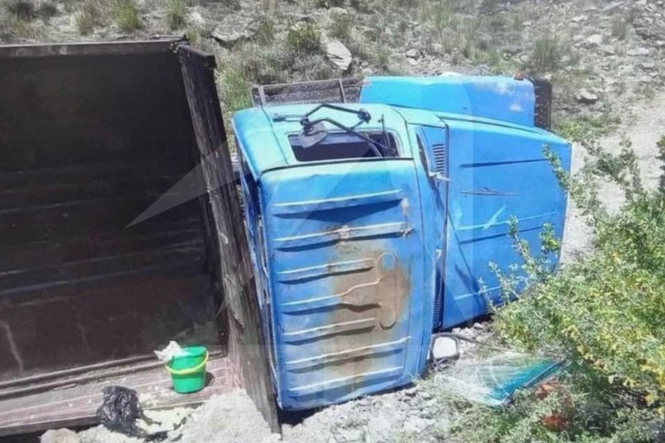 В Туве задержали водителя грузовика, по вине которого пострадал 21 человек