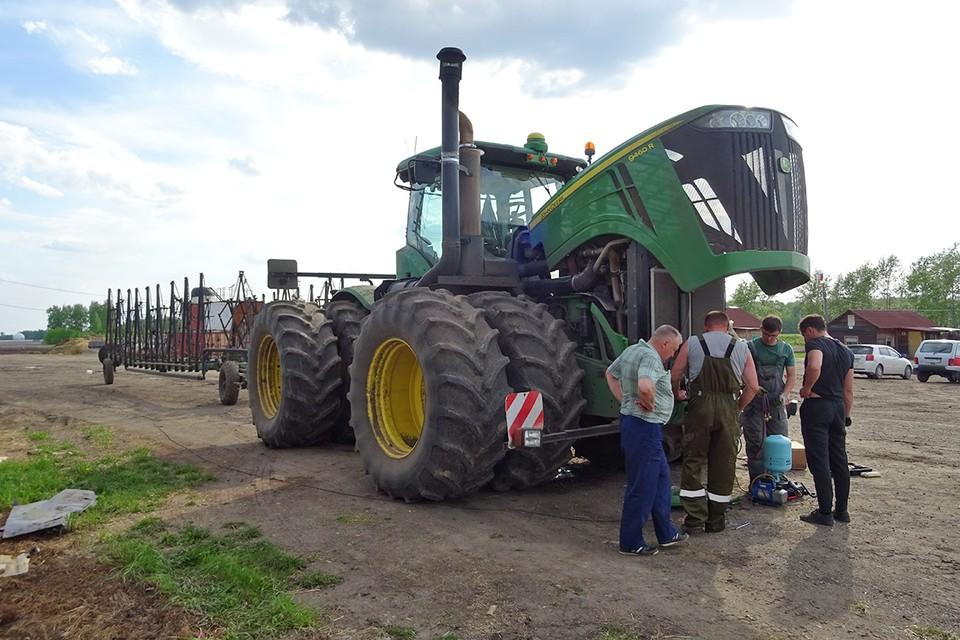 Накануне посевной фермерам Новосибирской области пришло пренеприятнейшее известие. И мужики пригорюнились.