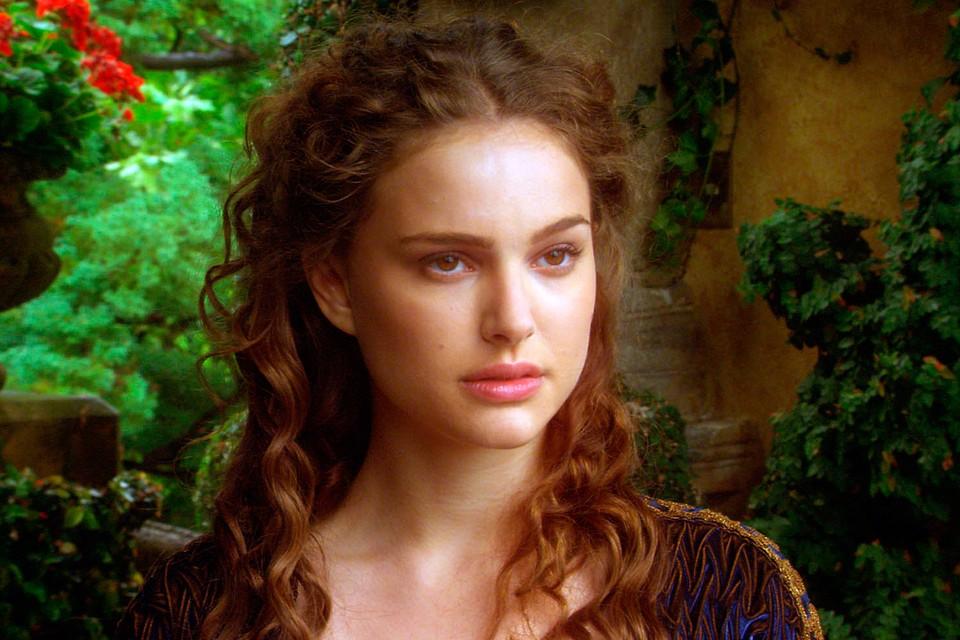 За роль Падме в «Звездных войнах» Натали получила номинацию на «Золотую малину» как худшая актриса в роли второго плана