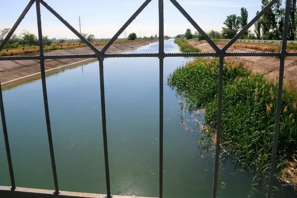 Сейчас по руслу Северо-Крымского канала подается вода в восточную часть полуострова