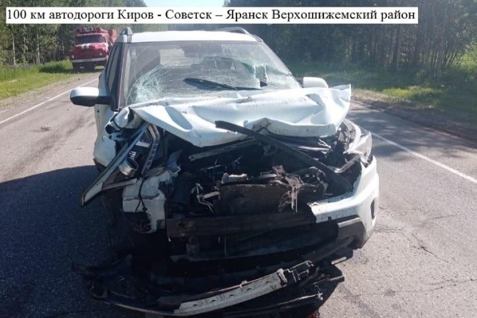 Водитель «Хендэ Крета» при столкновении с отечественным автомобилем получил серьезные травмы. Фото: vk.com/gibdd43