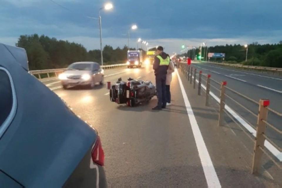 """По словам очевидцев, пассажирке мотоцикла оторвало руку. ФОТО: группа """"Жесть Ярославской области"""""""