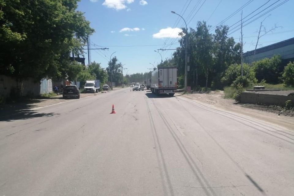 В Новосибирске столкнулись две иномарки: в ДТП пострадал ребенок. Фото: Госавтоинспекция по Новосибирску