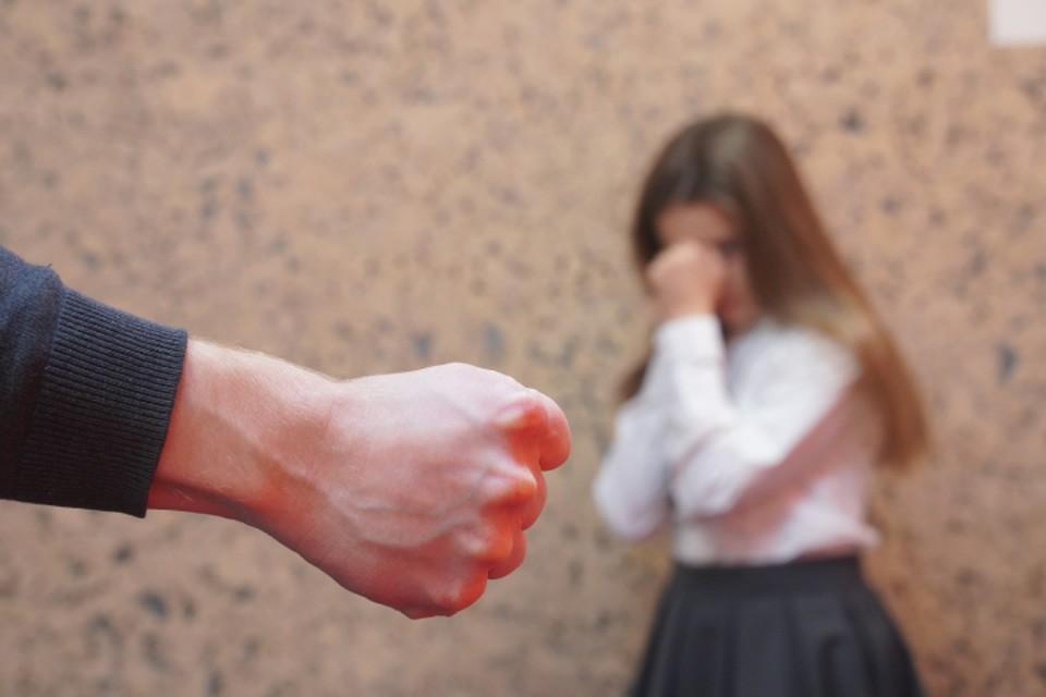 Избиение своей дочери кировчанин назвал воспитанием.