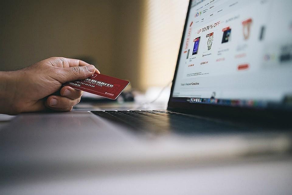 Телефонные мошенники начали обманывать клиентов банков при помощи роботов