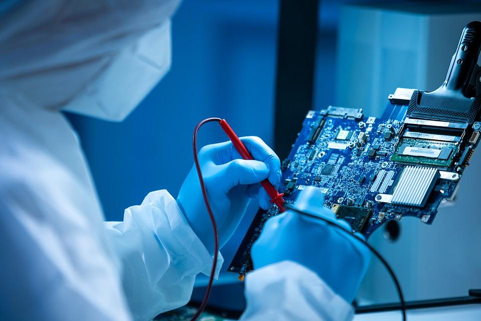 Лидерами по привлечению кадров стали предприятия кластера микроэлектроники, оптики и робототехники