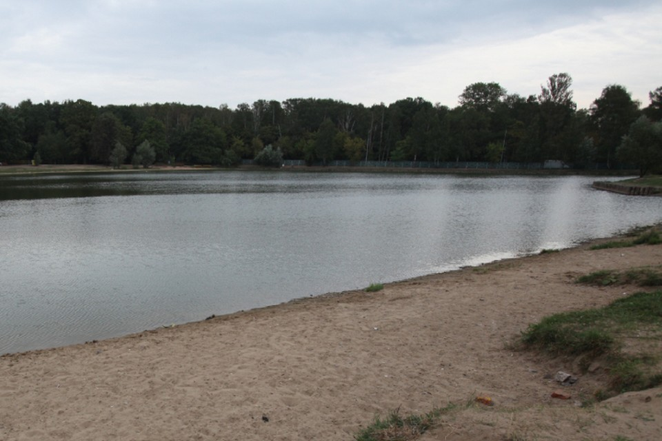 Дальнейшие поиски мальчика после опроса свидетелей продолжили на воде.