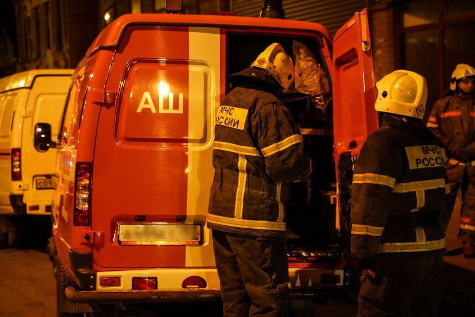 Крупный пожар на строящейся турбазе ликвидировали