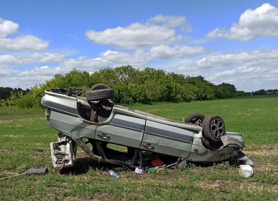 В аварии пострадали трое и погиб один человек. Фото: пресс-служба госавтоинспекции по Омской области