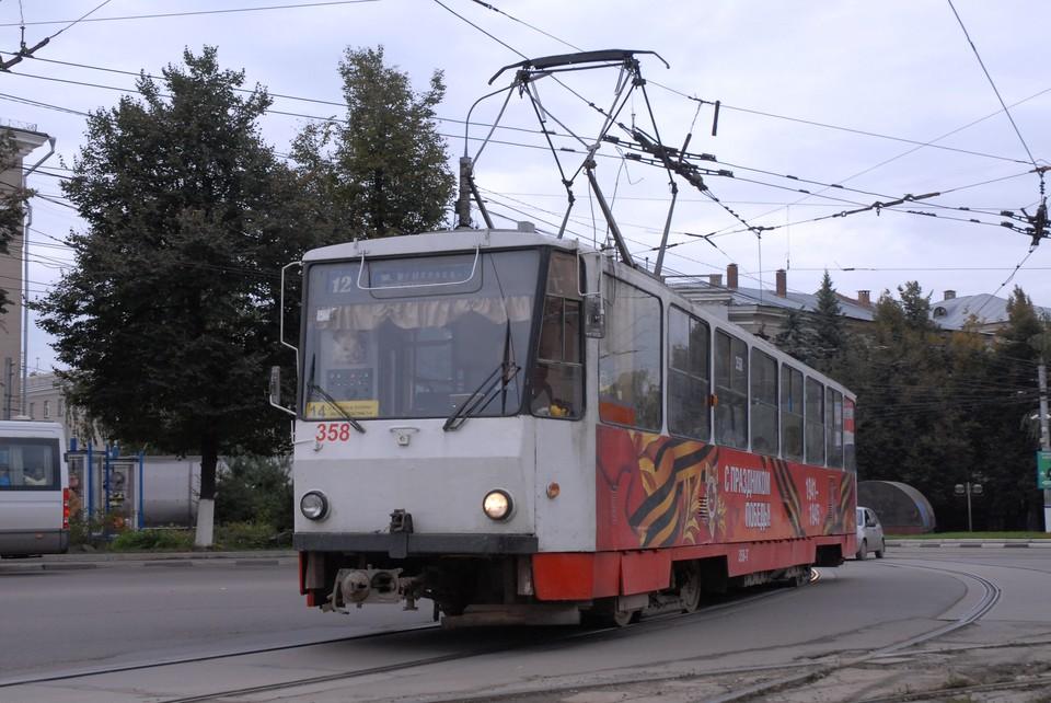 На улице Михеева в Туле произошло ДТП с трамваем
