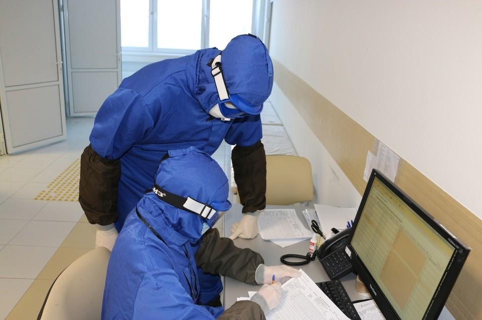Вакцинация поможет избежать ограничений по коронавирусу в Тюменской области.