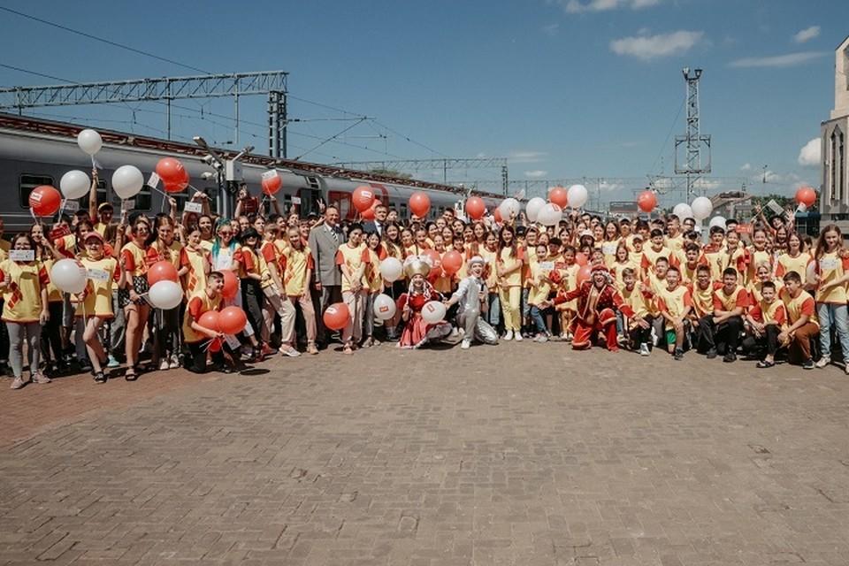 Всего из казанской школы №175 на Черноморское побережье хотят бесплатно отправить более 600 детей. Фото: minmol.tatarstan.ru