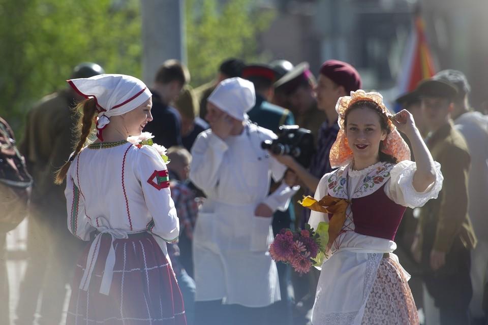 Каждый год на фестиваль съезжаются тысячи туристов