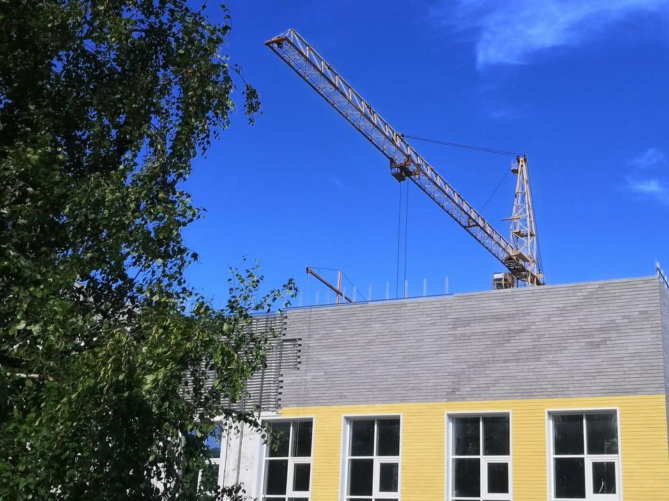 В Ханты-Мансийске строятся сразу четыре новые школы Фото: Городской информационный центр