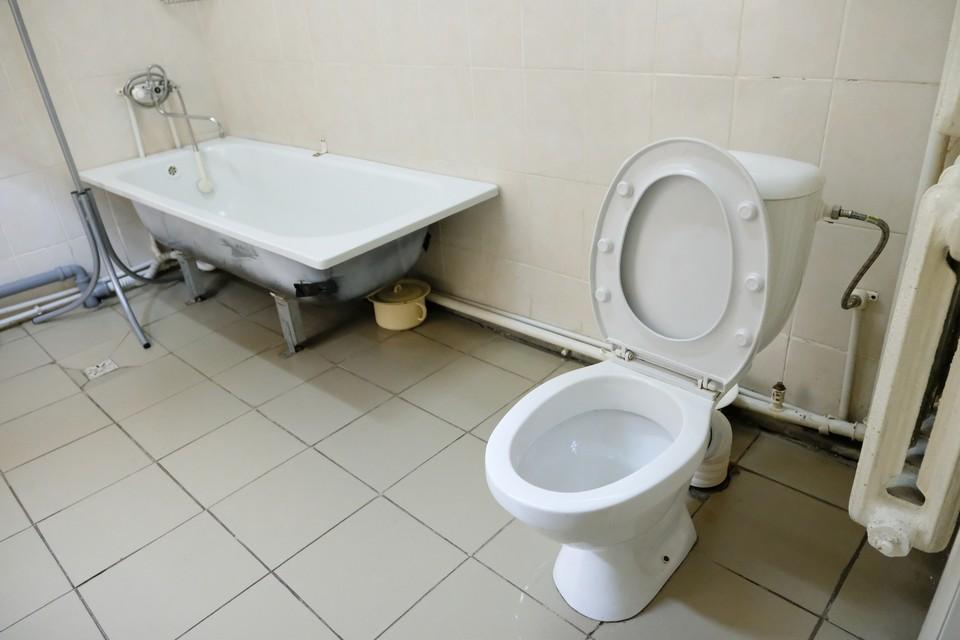 Жители Фрунзенского района меньше всего засоряют канализацию.