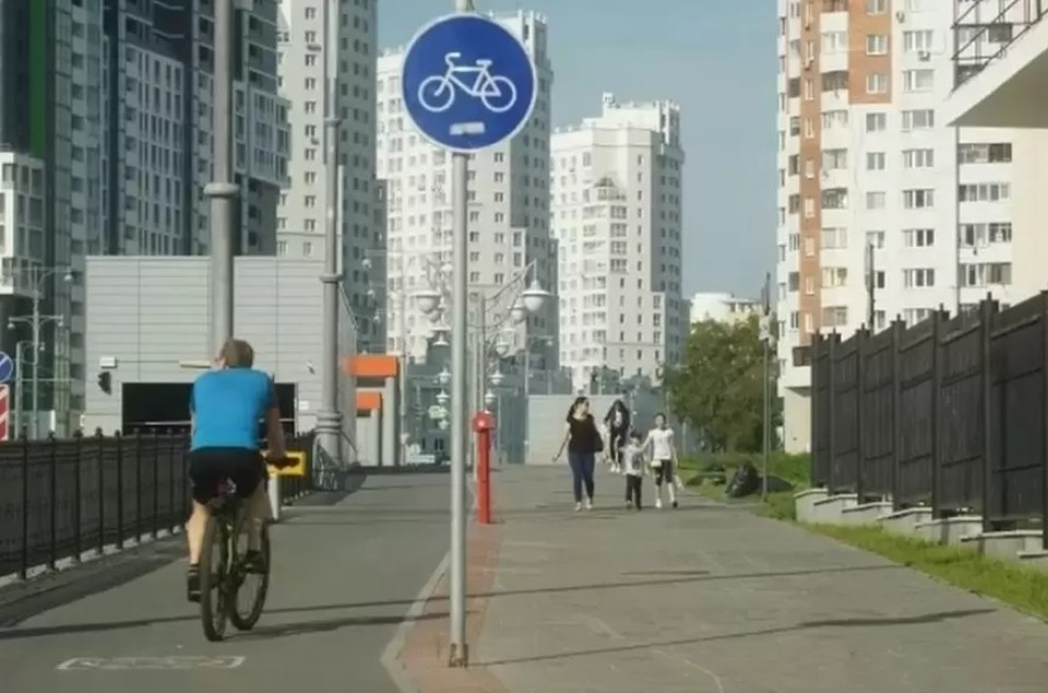 В Челябинске собираются создать условия для свободного проезда велосипедистов