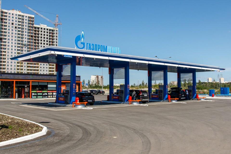 Сеть АЗС «Газпромнефть» в Екатеринбурге увеличилась еще на одну заправочную станцию. Фото: сеть АЗС «Газпромнефть».