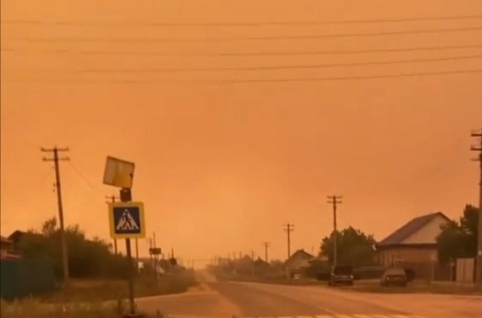 Сейчас на юге области как в фильма-катастрофах. Фото: ГУ МЧС по Челябинской области