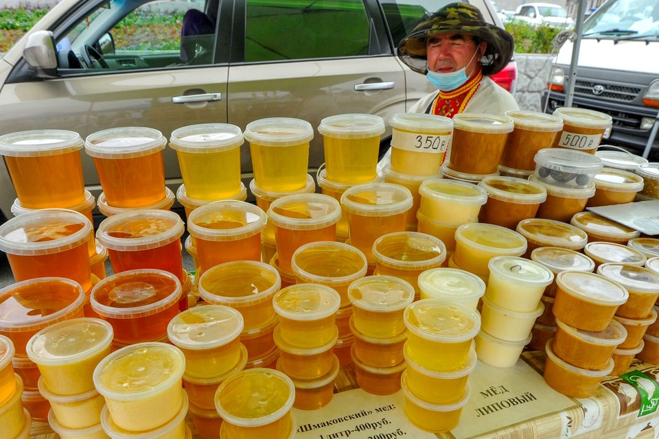"""""""На ярмарках можно встретить настоящих пчеловодов, они не торгуют двадцатью сортами"""""""
