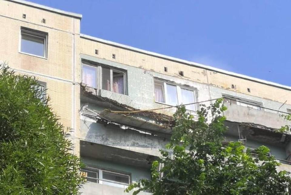 Балконы обвалились в жилом доме в Ленобласти / Фото: СК ЛО